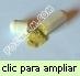 Cápsulas de neem de producción artesanal con polvo de calidad superior.